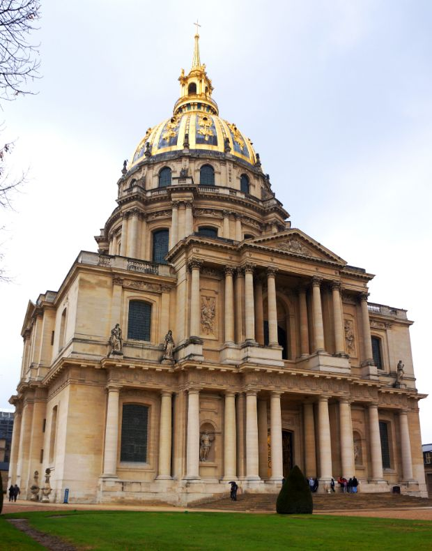 napoleon-bonaparte-adolf-hitler-tuma-paris-les-invalides
