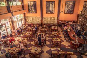 mesas-del-cafe-la-habana-cafes-historicos-de-mexico
