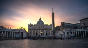 Atardecer en Piazza San Pietro-viajes-roma-crea-cuervos
