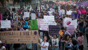 https://www.vice.com/es_latam/article/gyavj9/griten-hagan-ruido-no-se-detengan-voces-y-cifras-de-la-violencia-en-el-metro