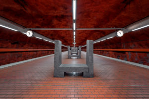 metro-estocolmo-conor-mcneill
