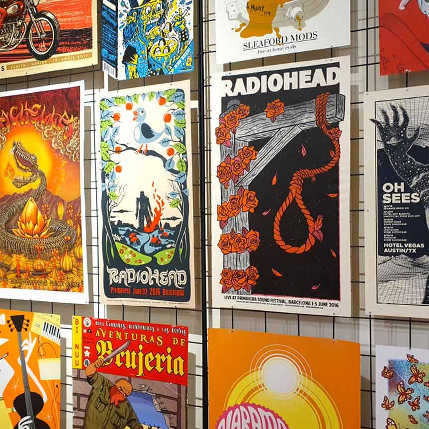 carteles-de-conciertos-en-el-museo-del-objeto-mobile
