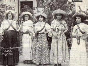 mujeres-revolucionarias-adelita-01
