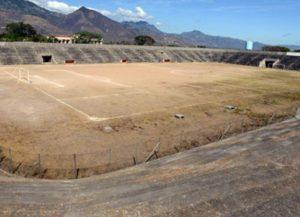 estadio-roberto-suazo-elefantes-blancos-estadios-abandonados