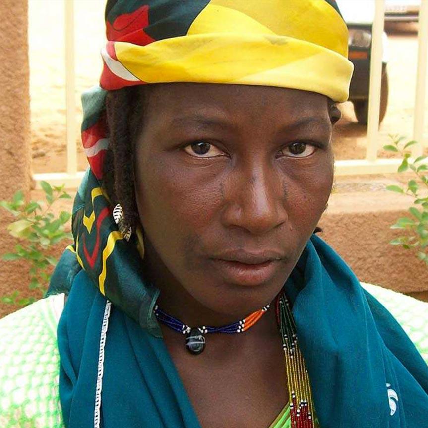 wahayu-las-esclavas-domesticas-y-sexuales-en-niger-mobile