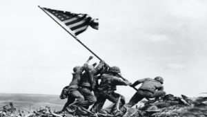raising_the_flag_on_iwo_jima_fotografía
