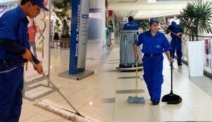 personal de limpieza-covid 19-mal trato-poca paga