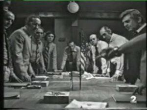 Doce hombres sin piedad - Navaja en la mesa