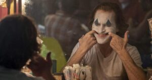 Joker 2019 Todd Phillips Joaquin sonriendo
