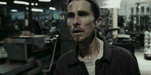 The Machinist (2004) - Christian Bale en el trabajo
