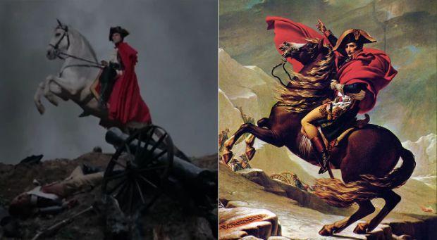 Napoleón cruzando los Alpes de Jacques-Louis David en María Antonieta de Sofia Coppola