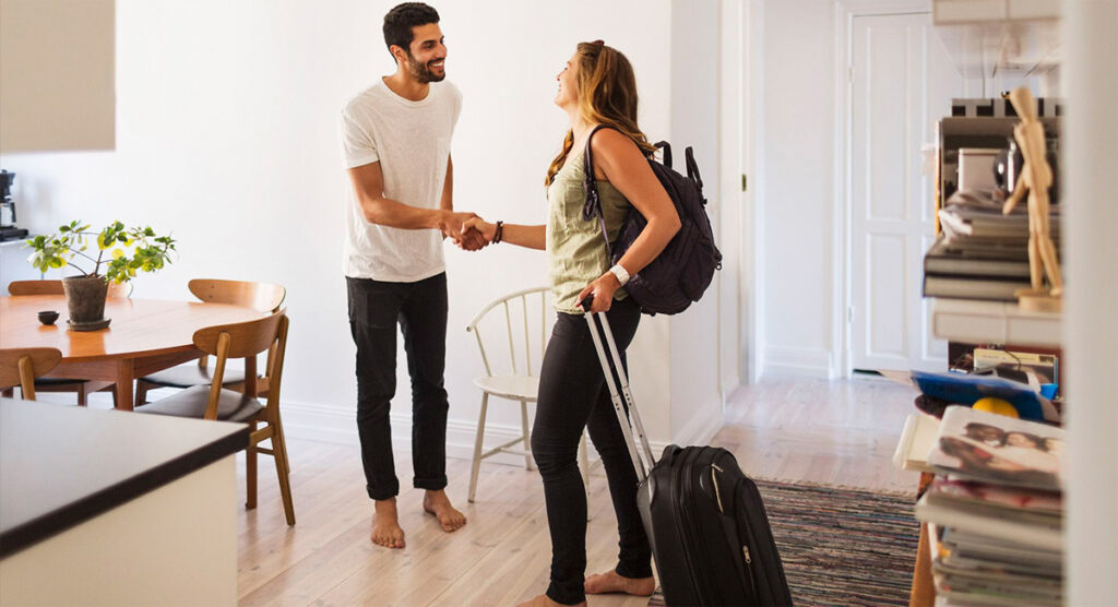 hospedaje-viajeros-couchsurfing