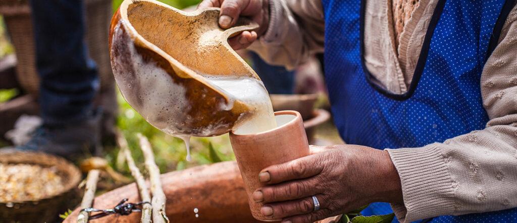 chicha-bebida-hecha-con-maiz-masticado