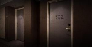 relatos-terror-chica-silenciosa-de-la-habitacion-302